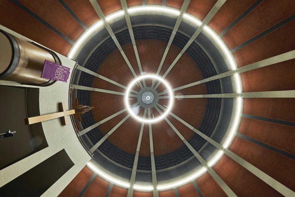 Auferstehungskirche Essen, Lichtkuppel von unten