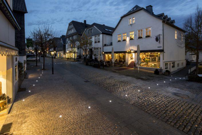 Lichtpforte zur Blauen Stunde - Foto: Boris Golz